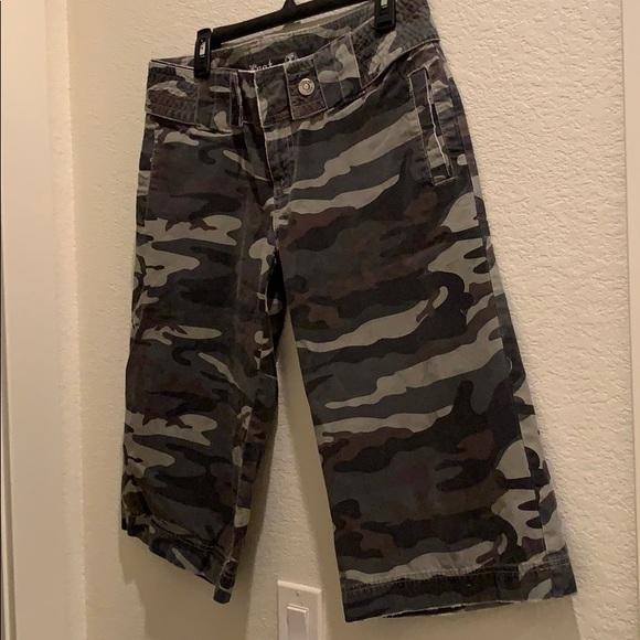 Lost Pants - Camo Capri Pants